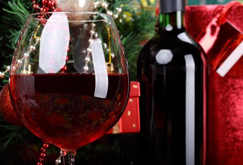 Offrir du vin à Noël : nos conseils de bonnes bouteilles